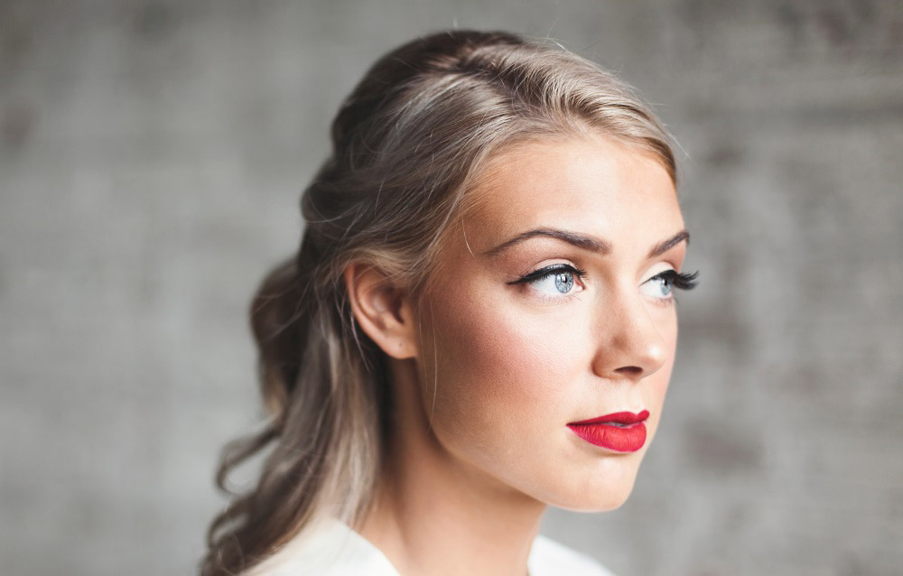 retro glamour prom makeup look