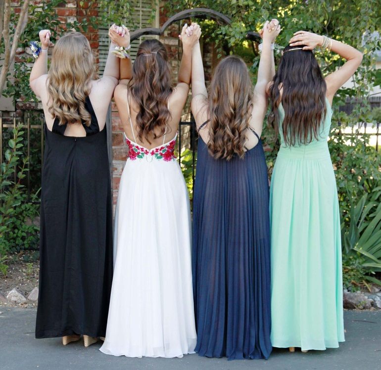 Prom Dresses to Suit Your Body Type