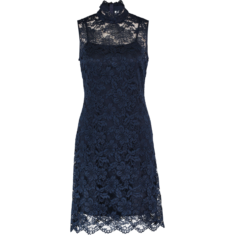 Best Prom Dress Style For Hourglass Figure | Saddha